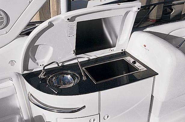 cranchi41-yacht-g8.jpg promo image