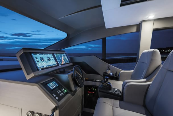 Le motoryacht Pershing 7X | Une perle d'excellence