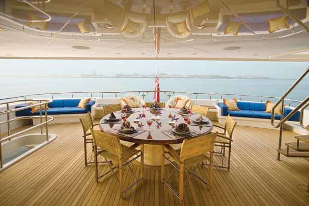 Life's Work - Power & Motoryacht