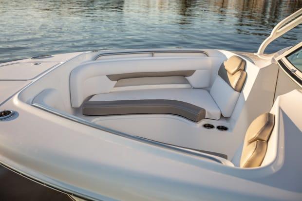 First Look: Albemarle 27DC - Power & Motoryacht