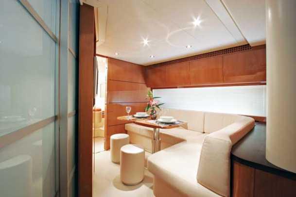 pershing56-yacht-g2.jpg promo image