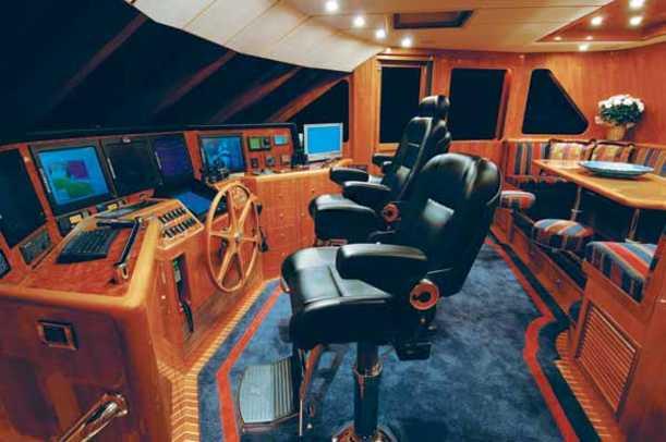 oceanalexander98_yacht-g2.jpg promo image