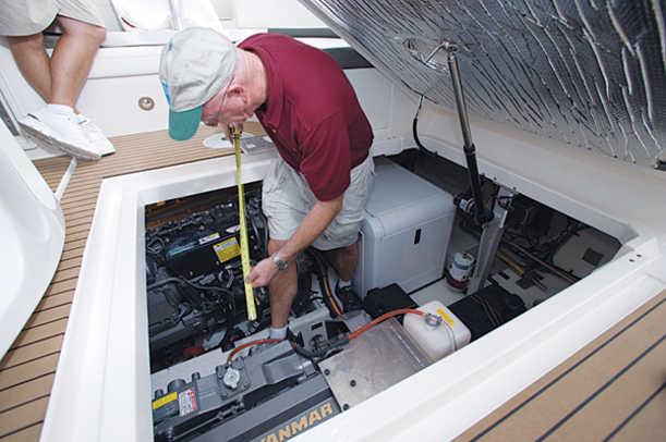 390coupe-yacht-g9.jpg promo image