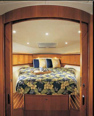 tiara3900-yacht-g8.jpg promo image