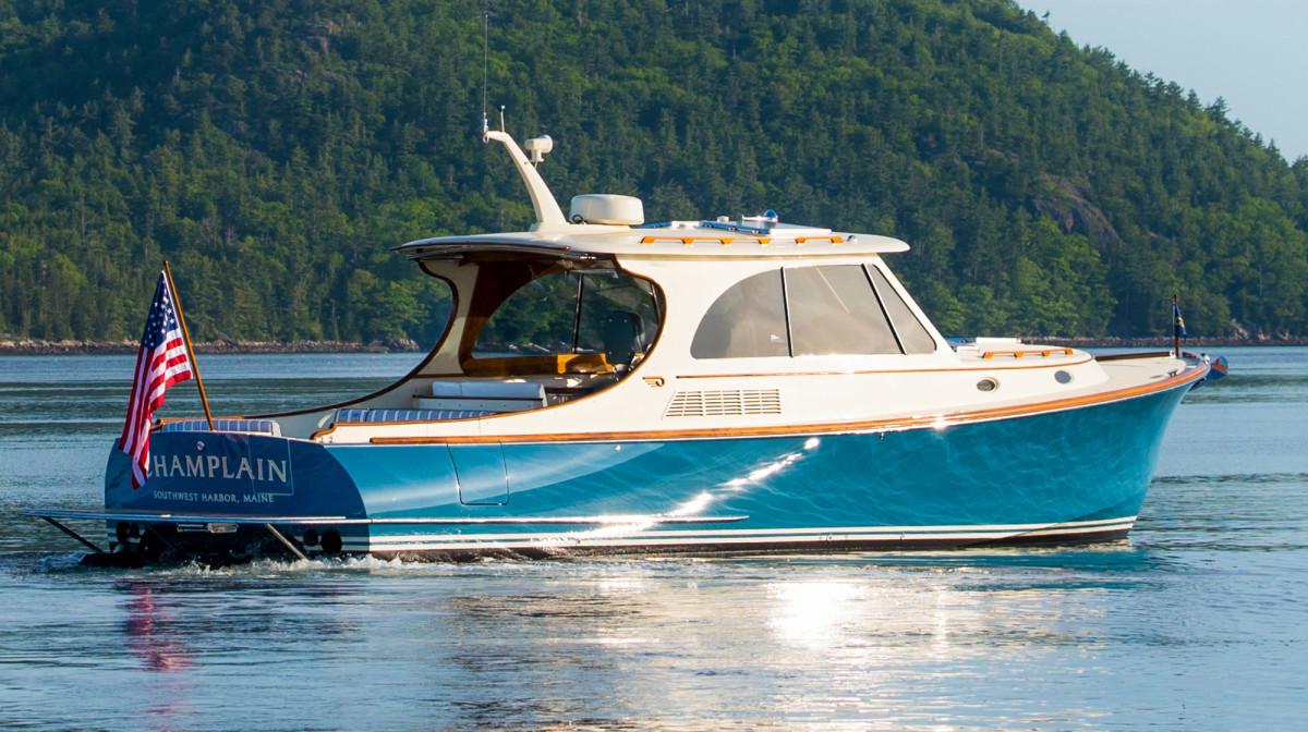 Hinckley Picnic Boat 40 - Large 6