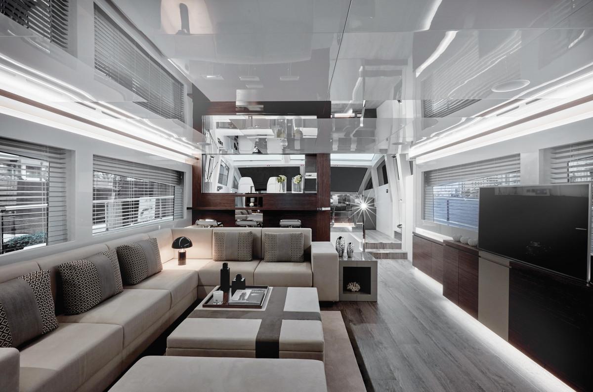 02a-Pearl 80_interiors