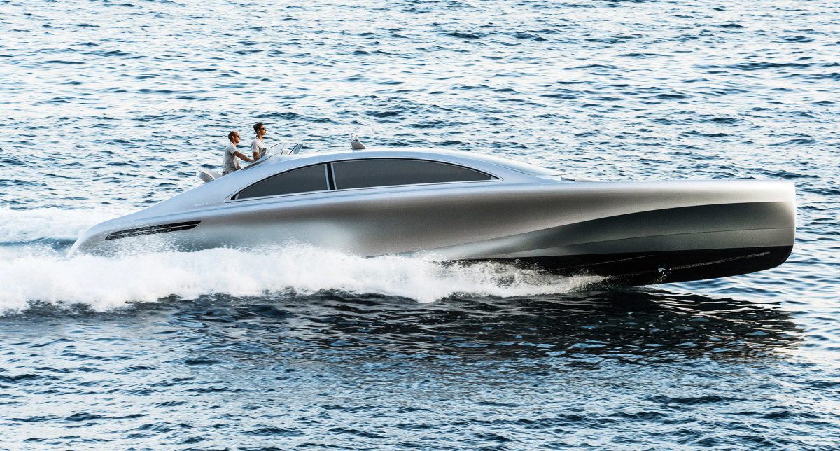Inspired by race cars of the '30s and drawn with an eye towards the future, the Silver Arrow from Mercedes is attracting attention in the Med.