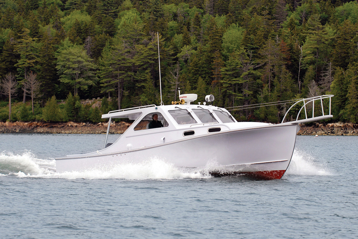 The Patriot 36 made by Ellis Boat Company for singer/songwriter Billy Joel.