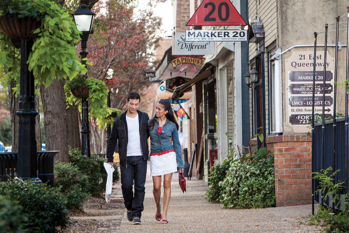 Strolling Queens Way in downtown Hampton.