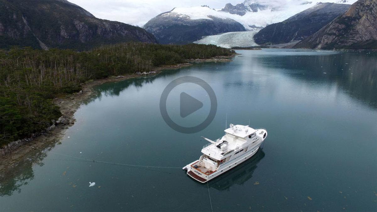 Outer Reef 880 Cockpit Motoryacht Cape Horn Video