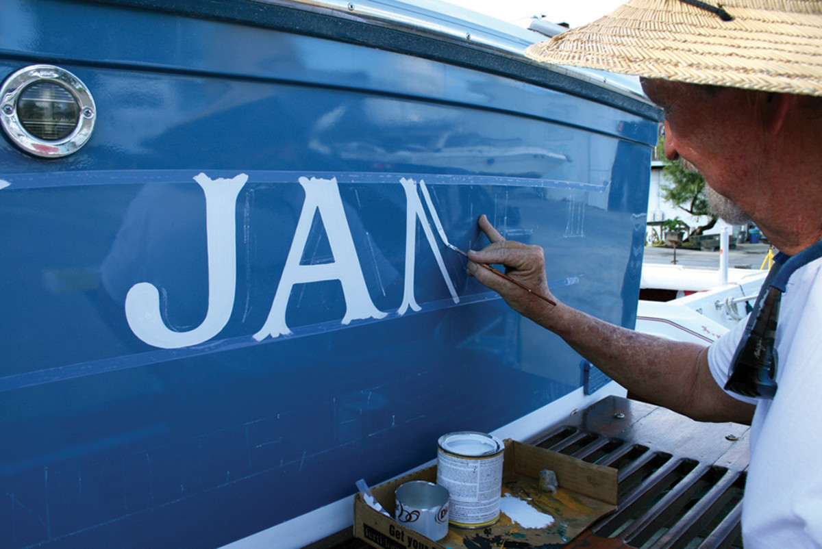 Hand lettering a transom