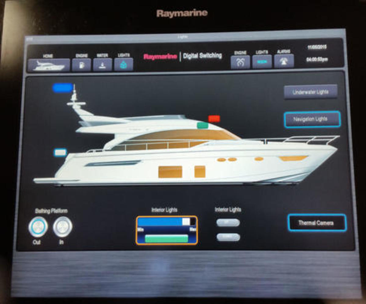 Raymarine_digital_switching_FLIBS2015_cPanbo.jpg