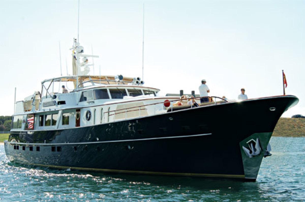 Langford's Love - Power & Motoryacht