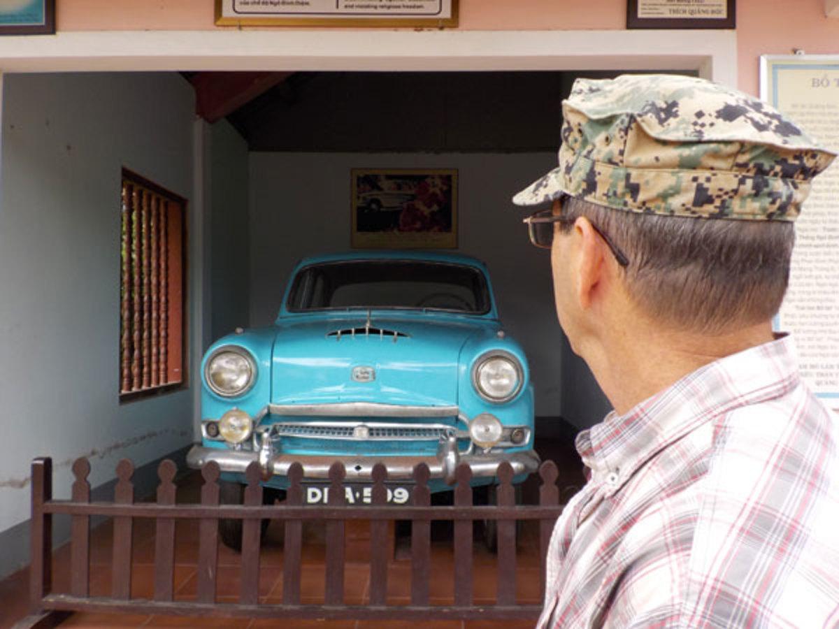 car in Vietnam