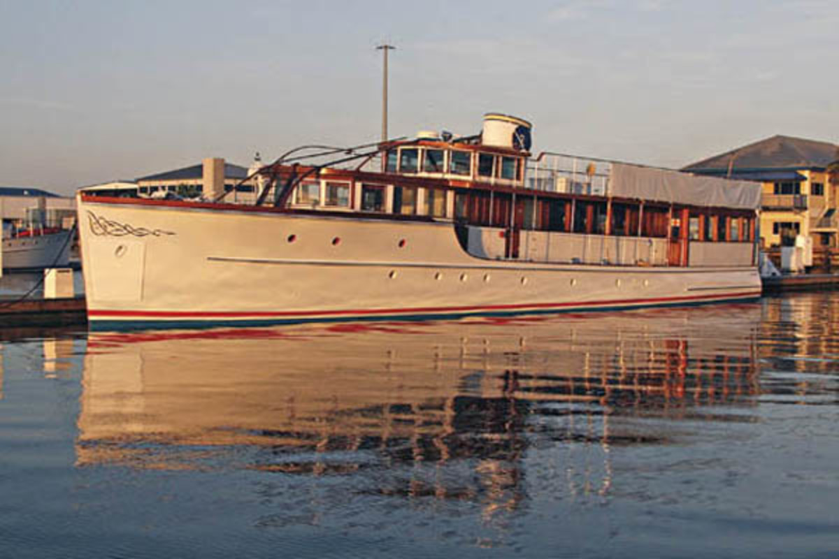 JFK's Yacht - Honey Fitz