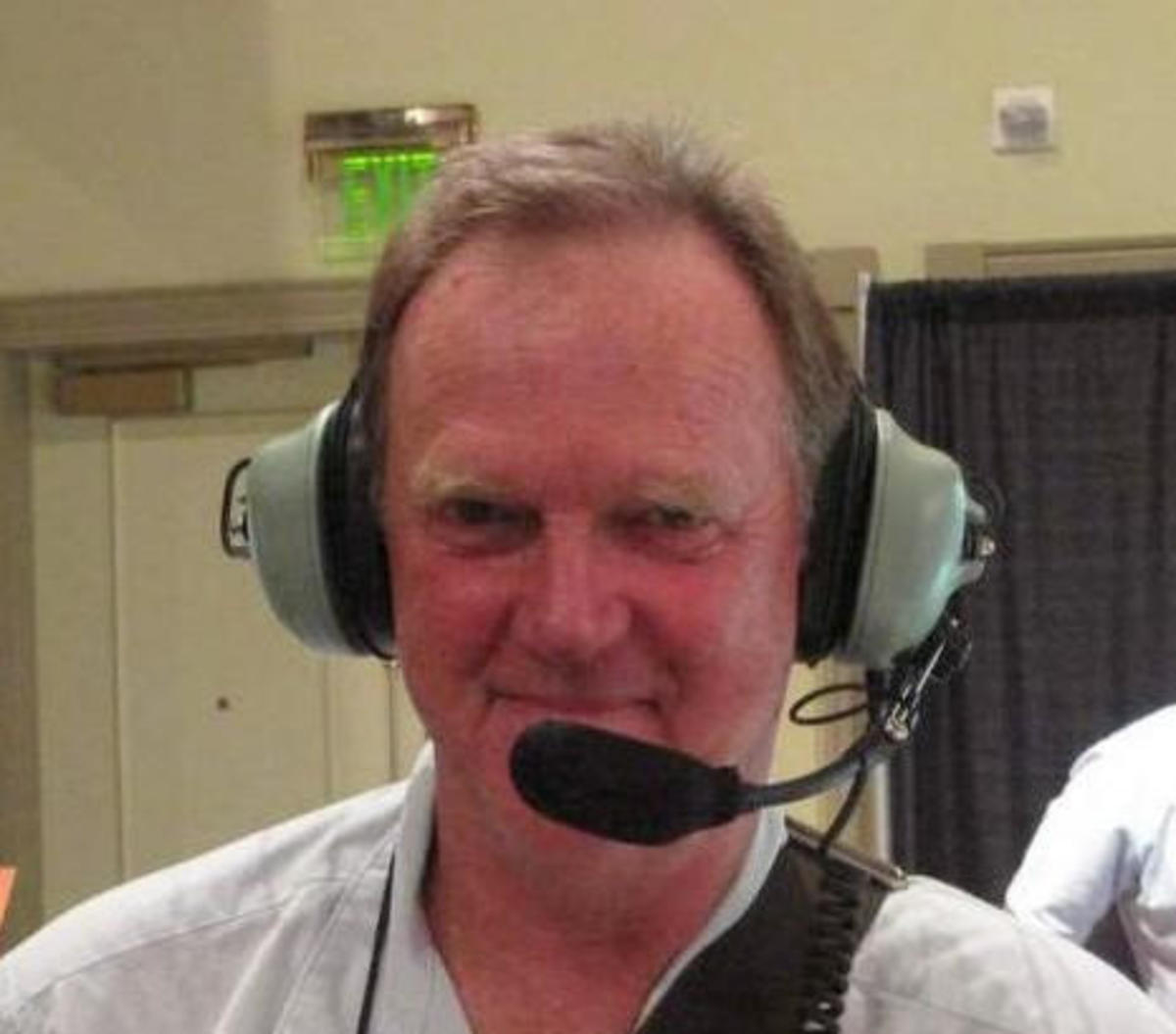 Dave_Clark_headset_on_BenE_at_NMEA_2011_b.jpg