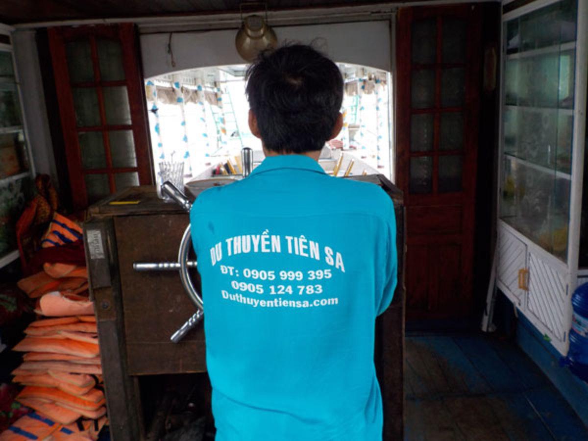 Wheelhouse-Vietnamese-Party-Boat