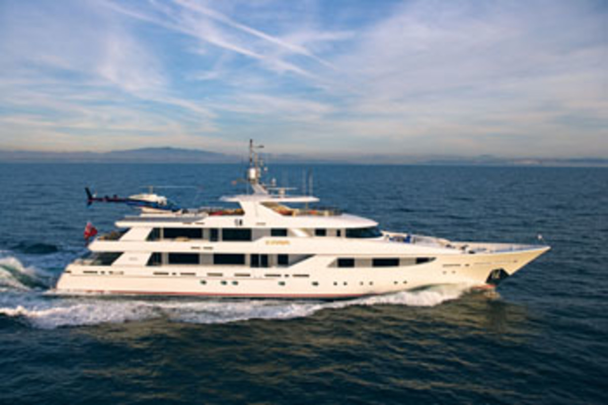 America's 100 Largest Yachts 2009 Page 3 - Power & Motoryacht
