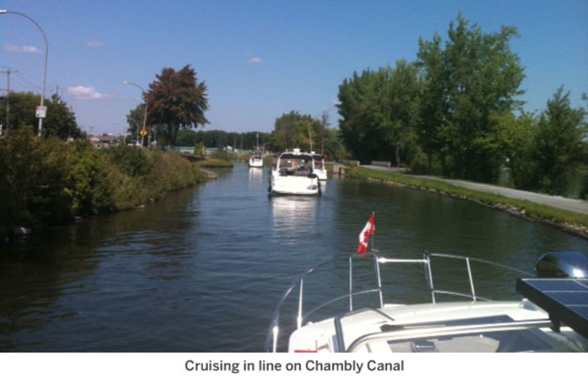 Cruising in line on Chambly Cana