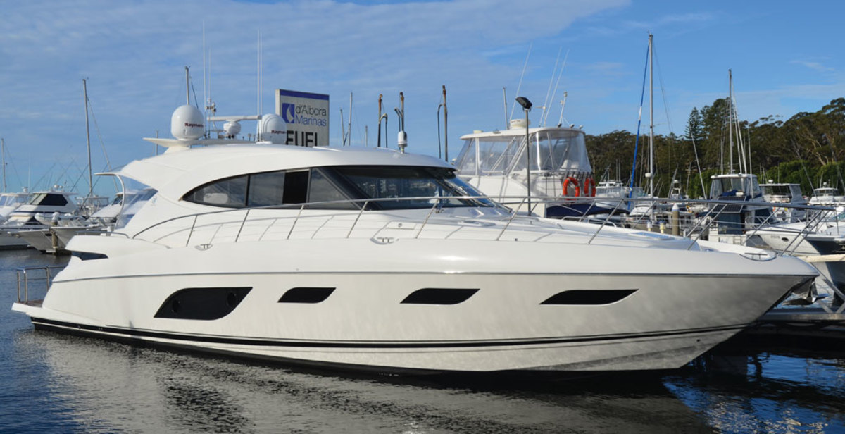 Riviera 6000