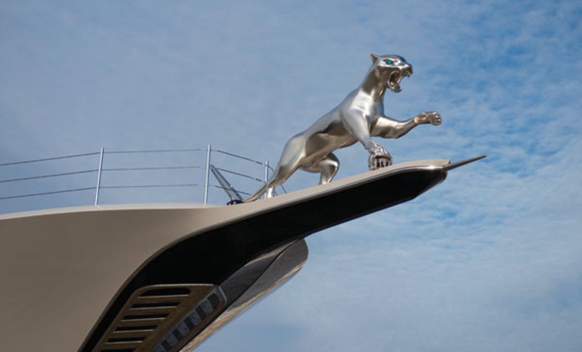 Kismet Hood Ornament
