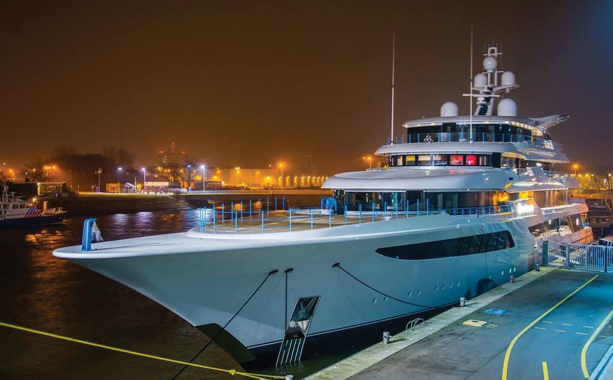 superyacht Royal Romance