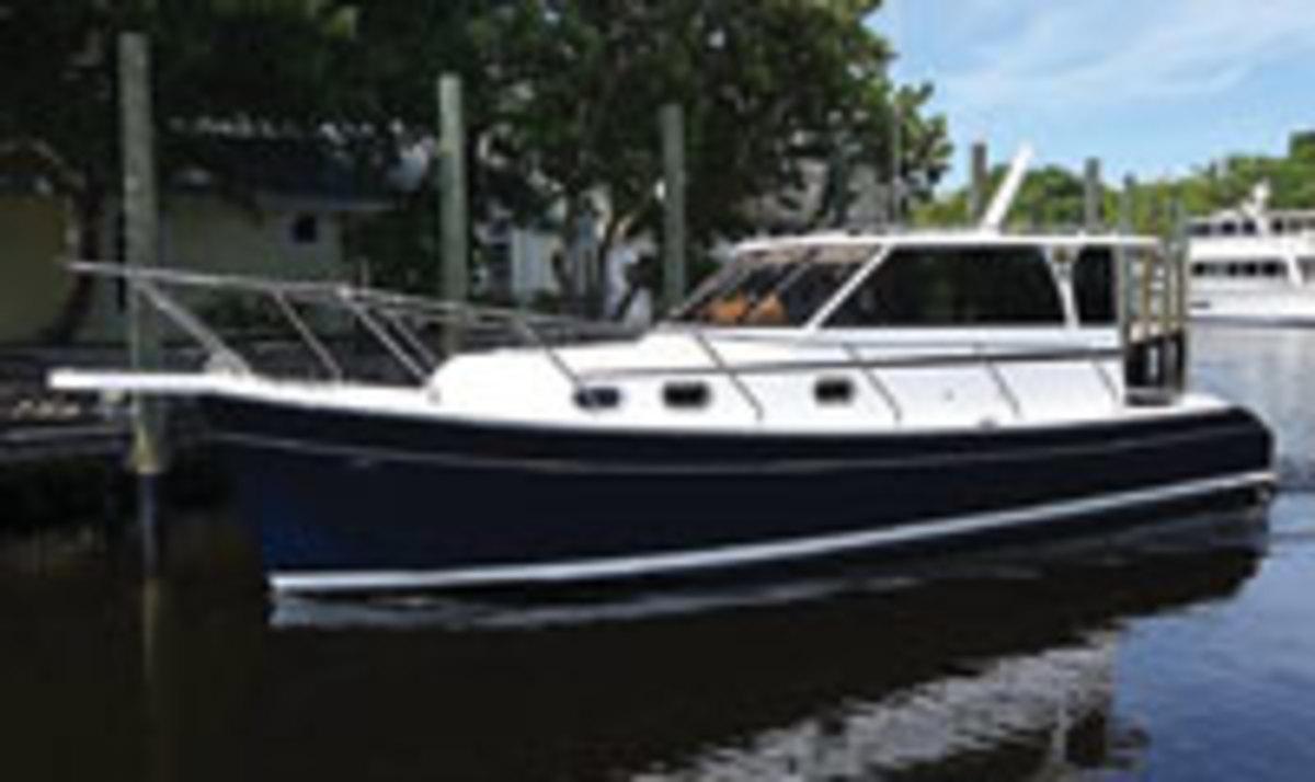 Mainship 32 Trawler
