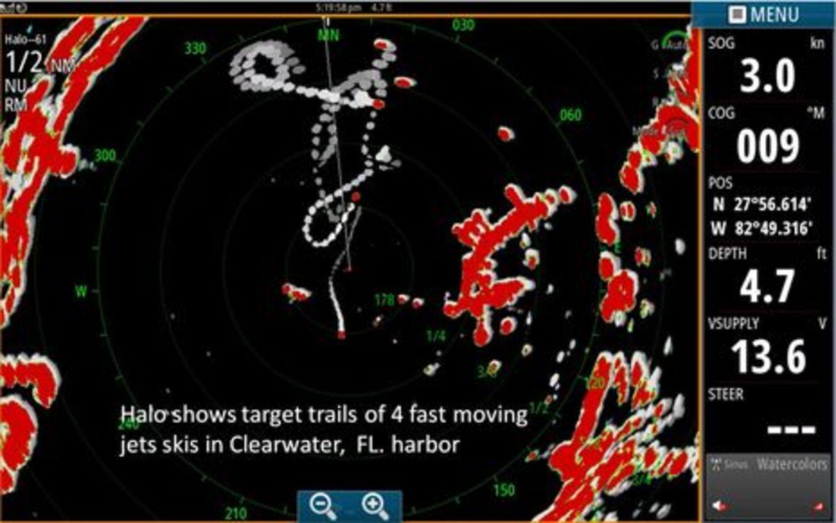 Simrad_Halo_jet_ski_trails_aPanbo.jpg