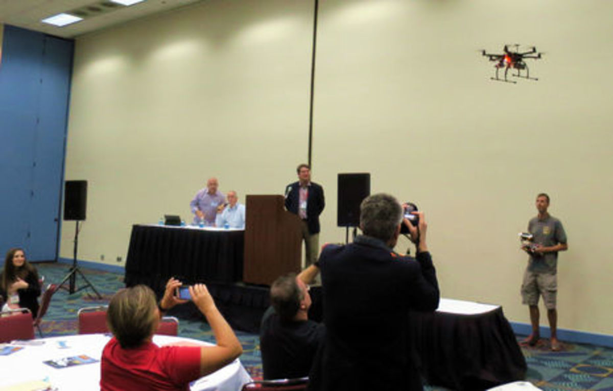 MIBS2015_BWI_drone_demo_cPanbo.jpg