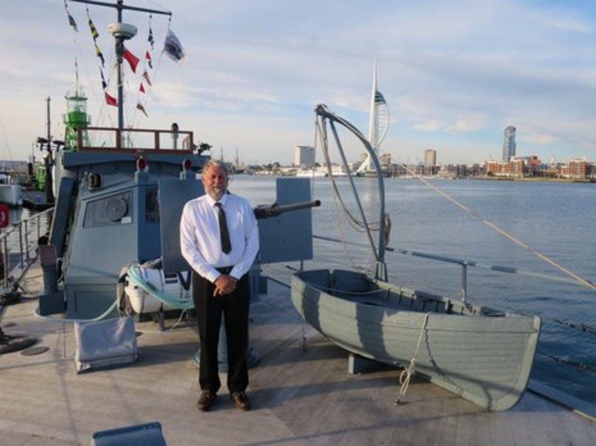 Alan_Watson_on board_HMS_Medusa.JPG