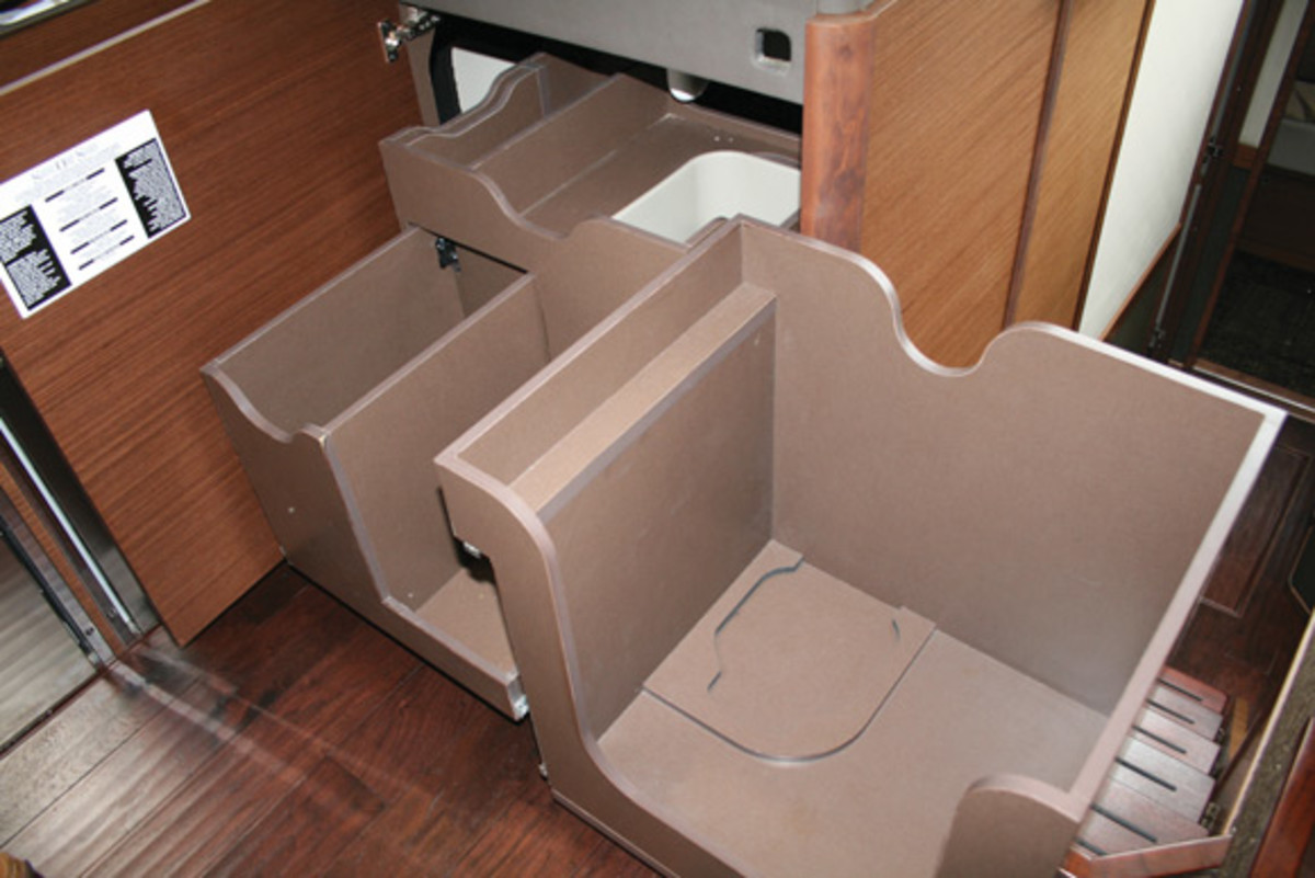 cabinetry in the Sea Ray 510