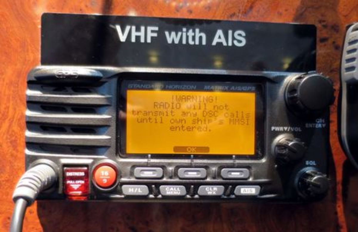 Miami 2014 Comms 2 Vhf Ais The App Connection Power Motoryacht Gps Wiring Diagram Standard Horizon Matrix Cpanbo