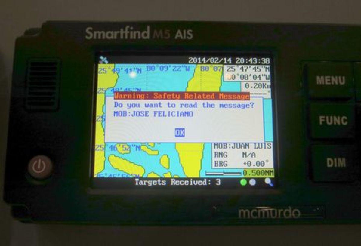 McMurdo_Smartfind_M5_Class_A_AIS_cPanbo.jpg