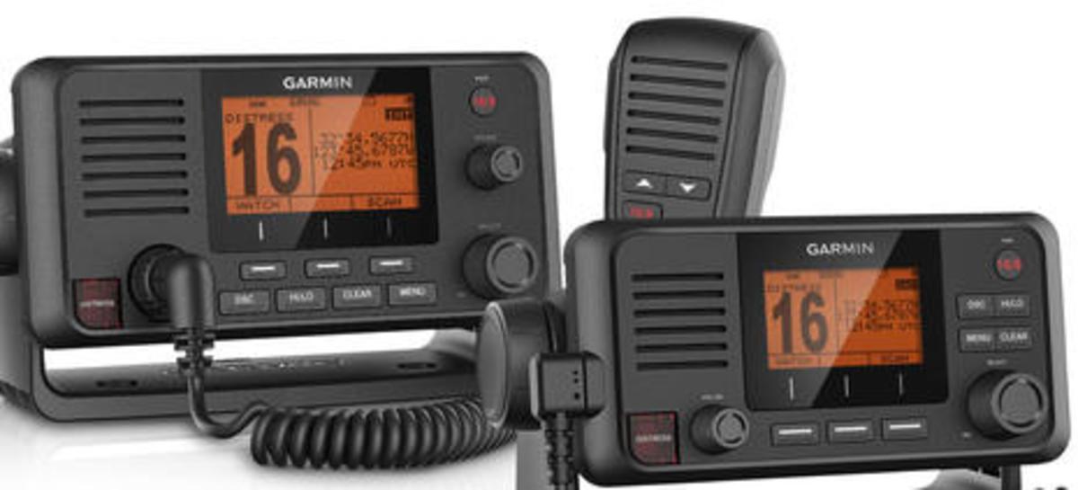 Garmin_VHF_210_AIS_and_VHF_110_radios_aPanbo.jpg