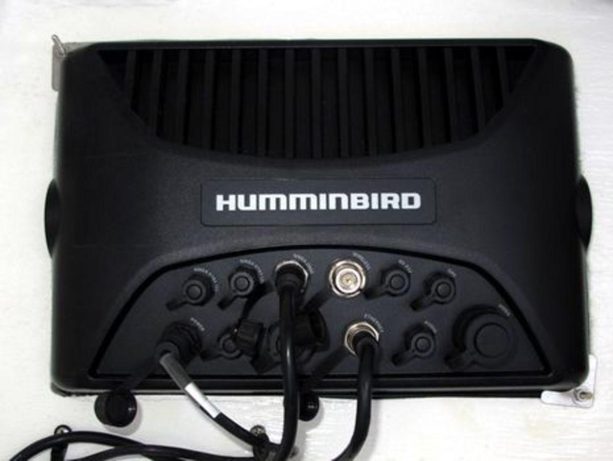 Humminbird_Ion_10_back_side_cPanbo.jpg