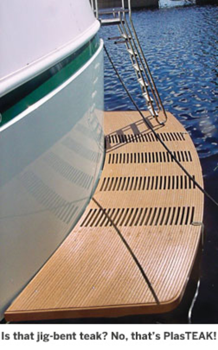 How to Make the Most of Your Swim Platform - Power & Motoryacht