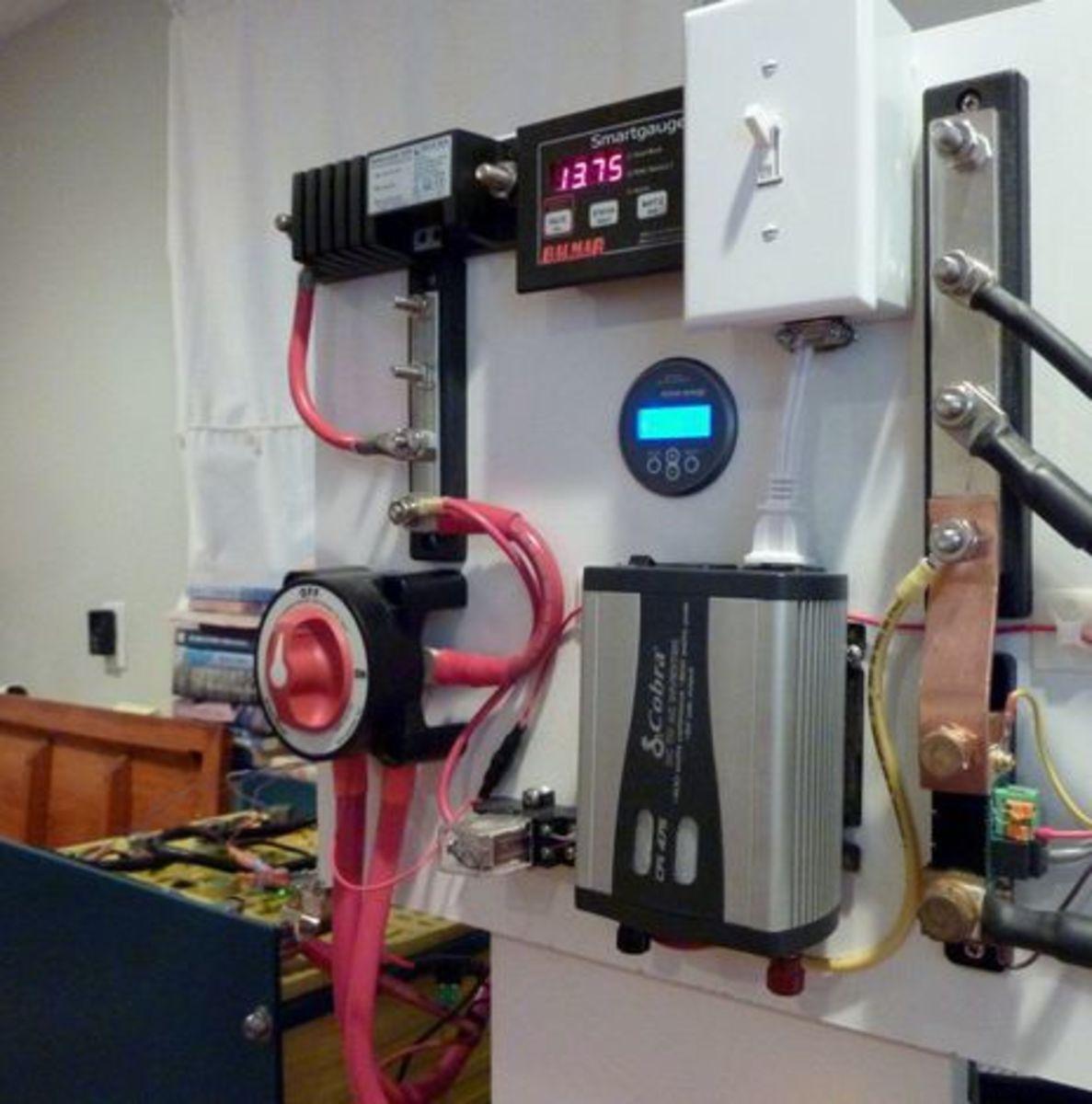 SmartGauge_test_lab2_courtesy_Compass_Marine.jpg