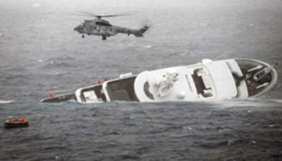 Megayacht Yogi Sinking