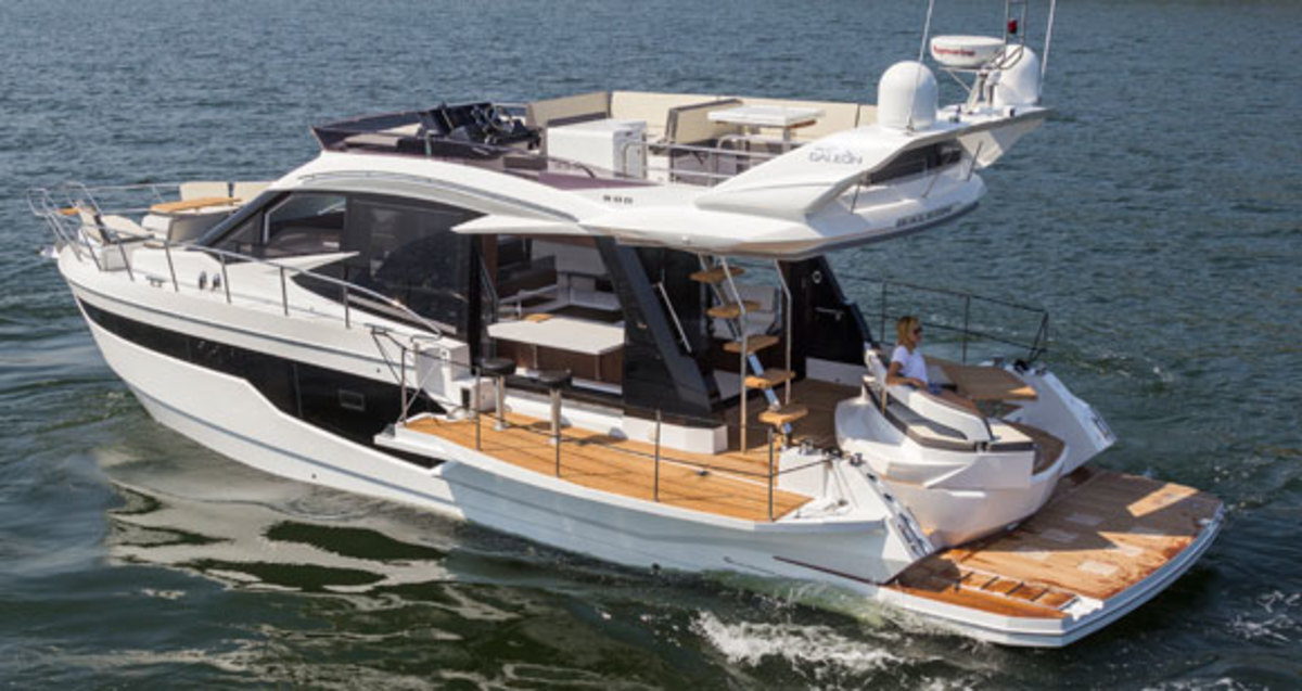 The Expandable Galeon 510 Skydeck - Power & Motoryacht