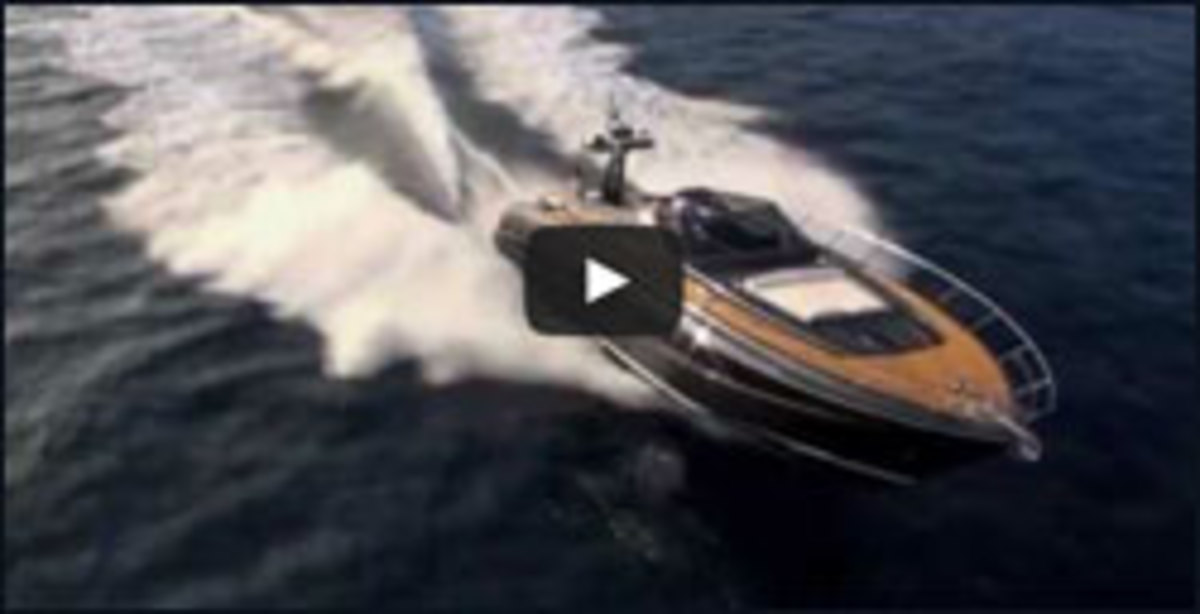 The Riva 63 Virtus in action.