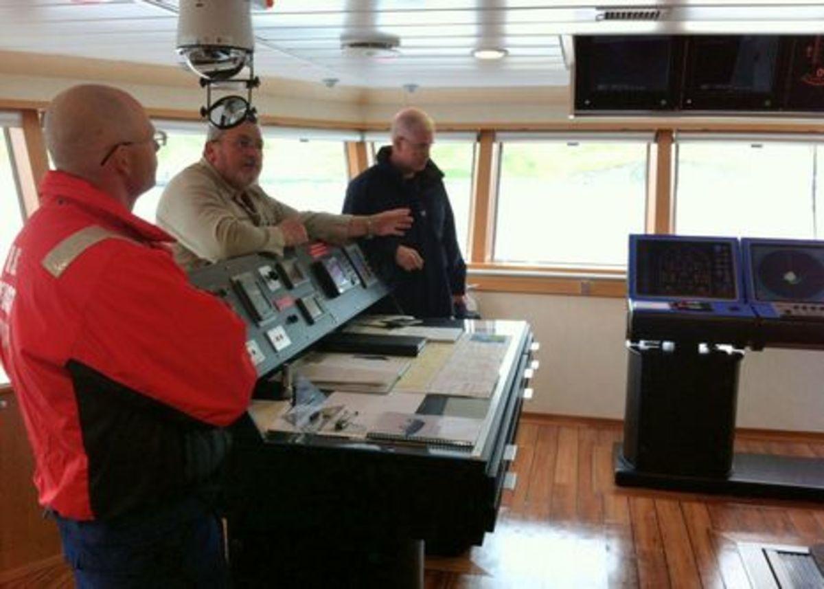 USCG aboard Aiviq.jpg