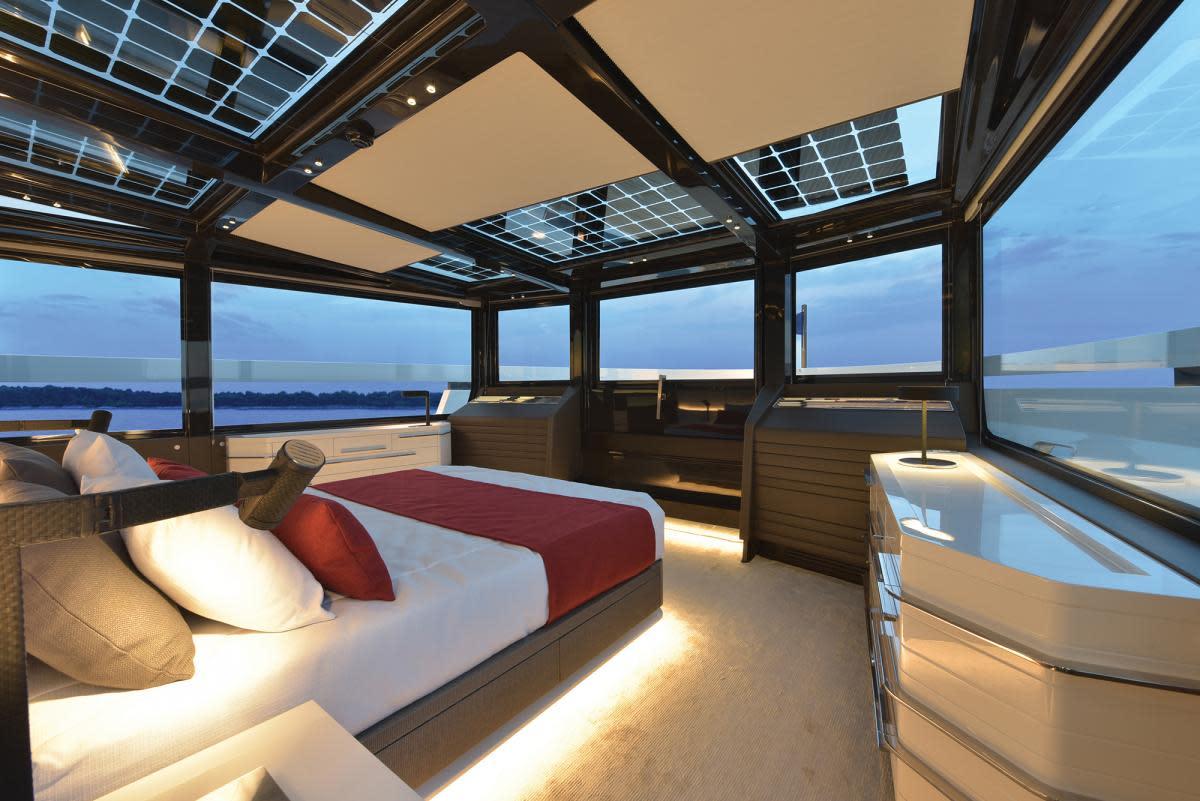 Arcadia 100 main-deck master
