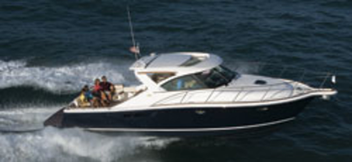 Click here to see more photos of the Tiara 3600 Coronet