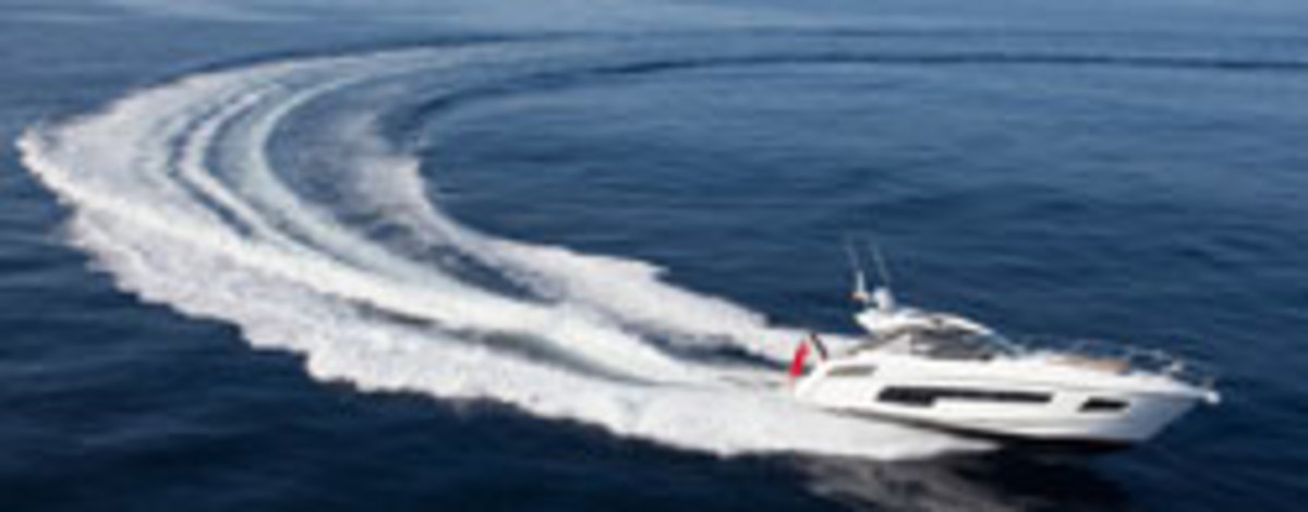 Click here to see more photos of the Sunseeker Portofino 40