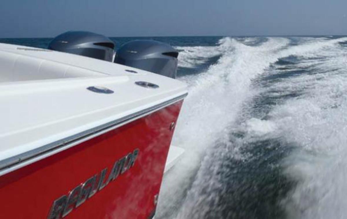 Regulator 34 Outboards
