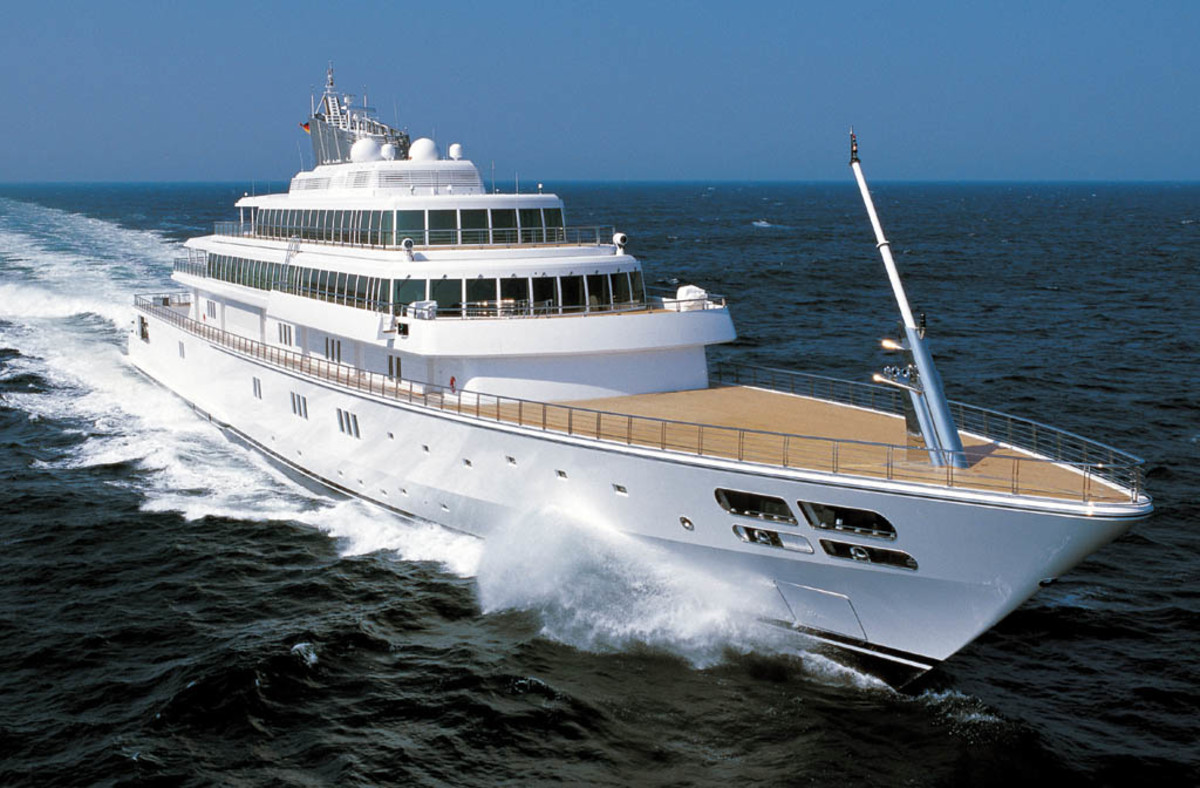 Click to enlarge image - Megayacht Rising Sun