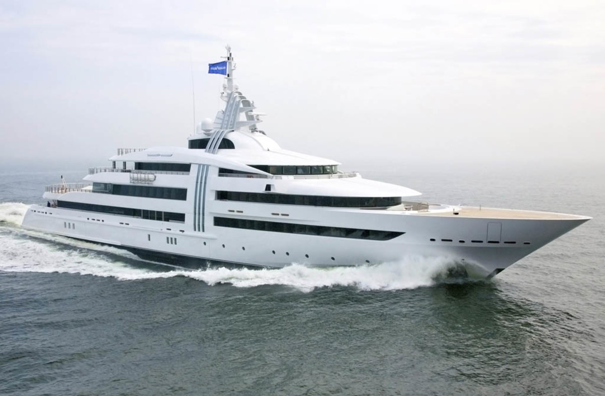Click to enlarge image - Megayacht Vibrant Curiosity