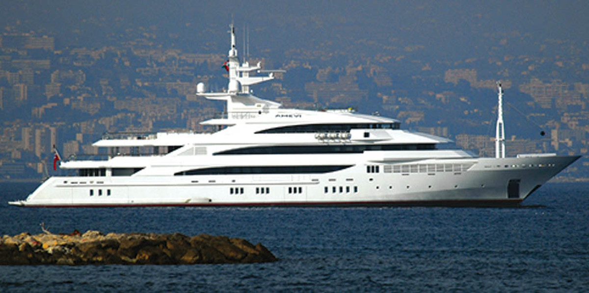 Click to enlarge image - Megayacht Amevi