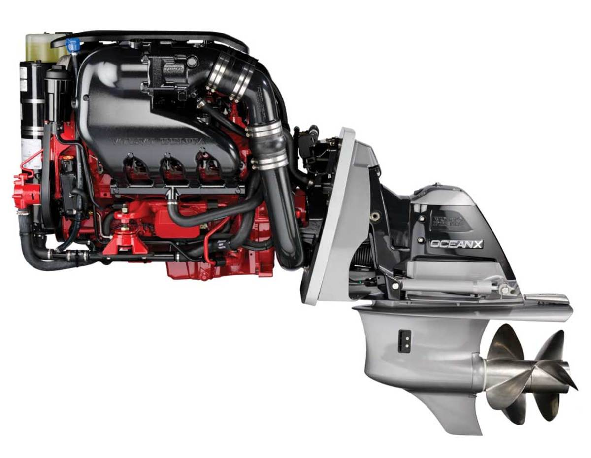 Volvo Penta V8-380 - click to enlarge