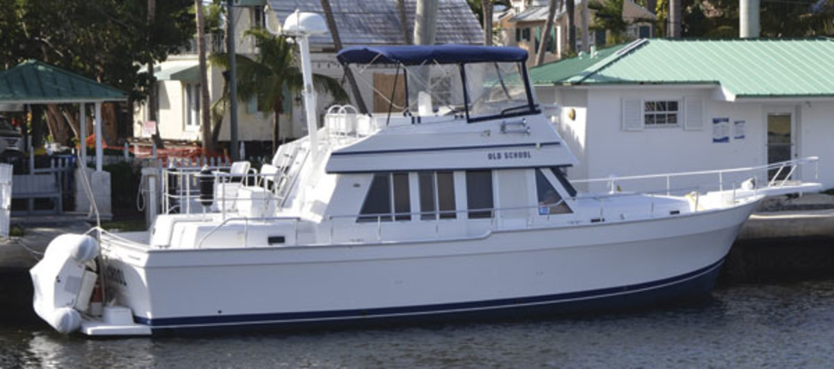 Mainship 430 - Used Boat Review